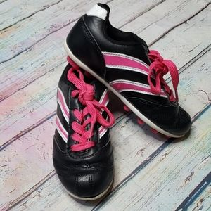 🔴 Girls Athletic Cleats